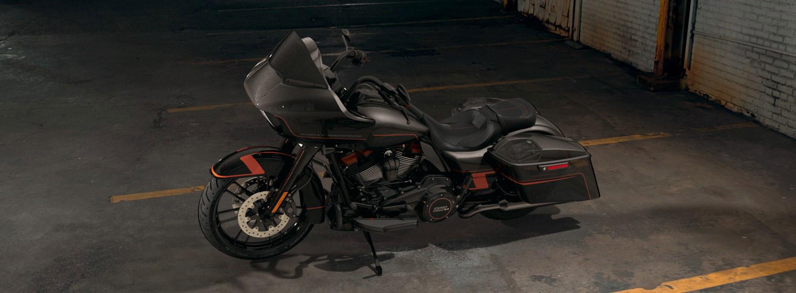 CVO™ Road Glide®   Freedom Valley Harley-Davidson®