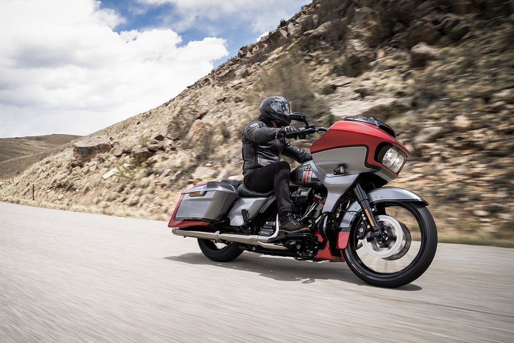 CVO<sup>™</sup> Road Glide<sup>®</sup> Instagram image 3