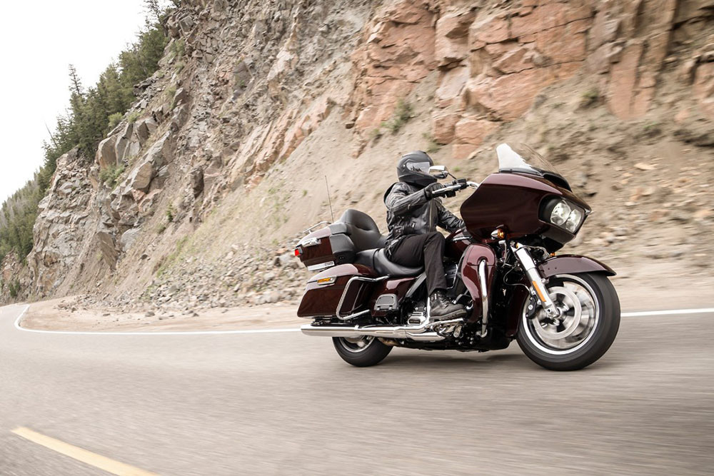 Road Glide<sup>™</sup> Ultra Instagram image 2