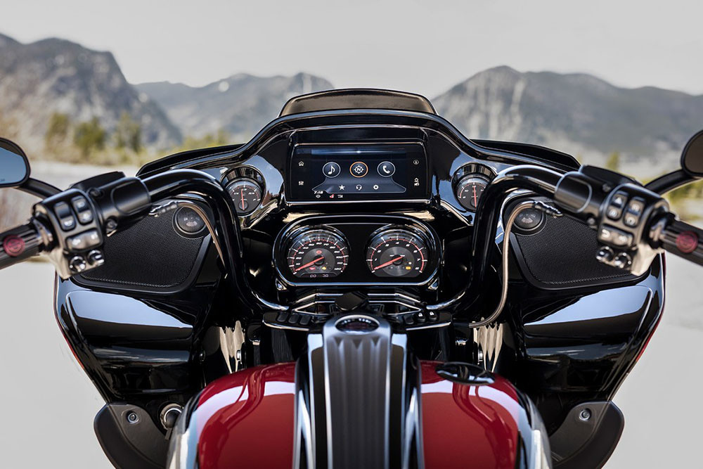 CVO<sup>™</sup> Road Glide<sup>®</sup> Instagram image 2