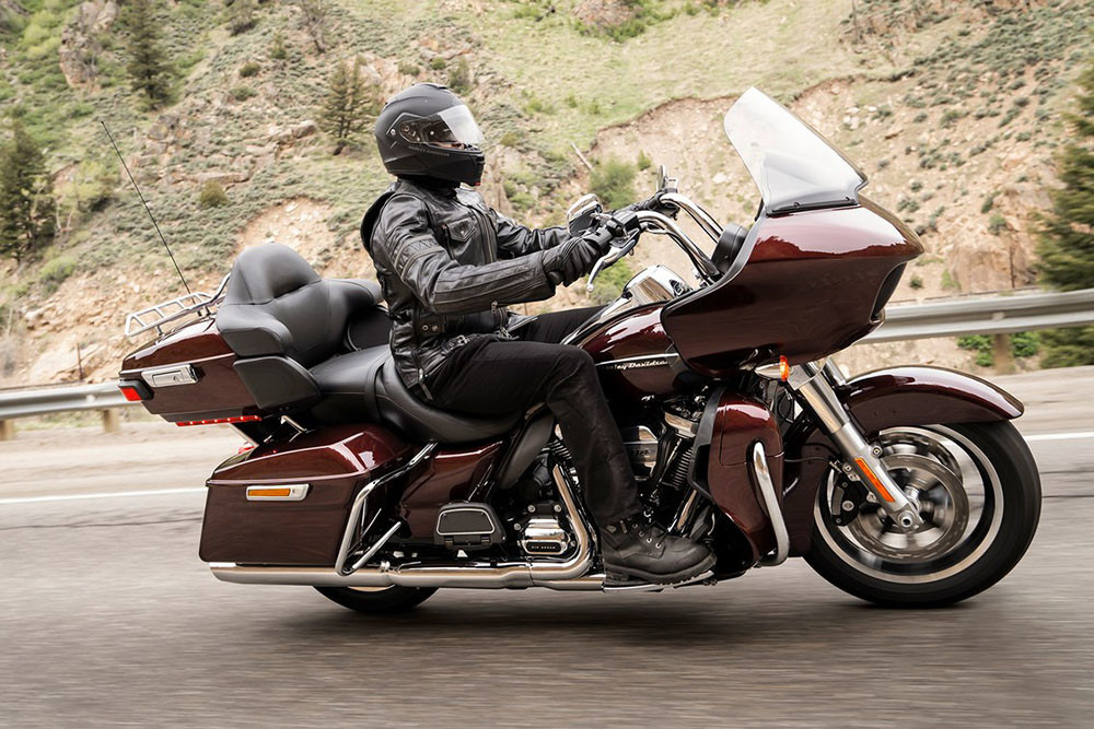 Road Glide<sup>®</sup> Ultra Instagram image 3