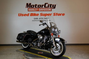 2012 Harley-Davidson® FLHRC - Road King® Classic