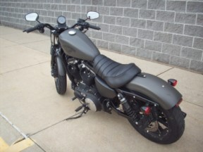 XL 883N 2018 Iron 883<sup>™</sup> thumb 0