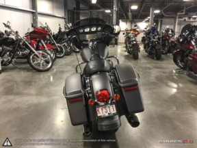 **PRICE REDUCED**  2018 Harley-Davidson Street Glide <sup>®</sup> thumb 1