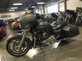 **PRICE REDUCED**  2018 Harley-Davidson Street Glide <sup>®</sup> thumb 0