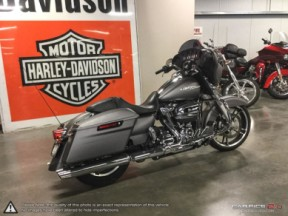**PRICE REDUCED**  2018 Harley-Davidson Street Glide <sup>®</sup> thumb 2