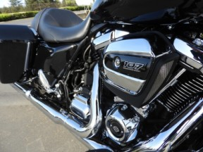 Used 2018 HD FLTRX - Touring Road Glide<sup>®</sup> thumb 2