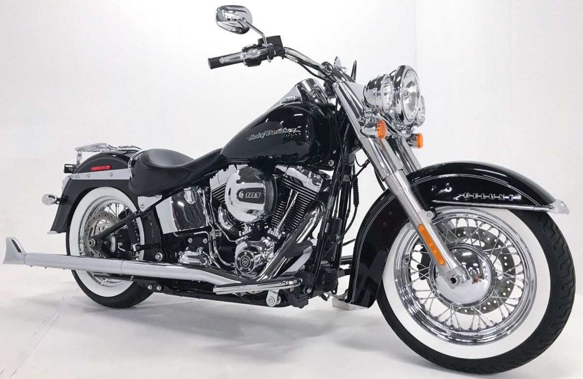 FLSTN 2016 Softail<sup>®</sup> Deluxe