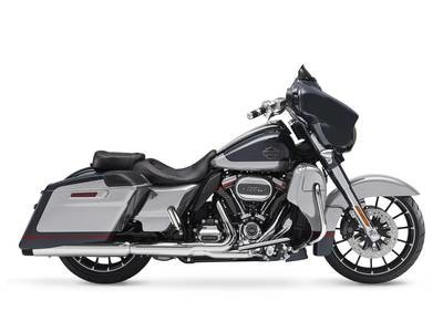 FLHXSE 2019 CVO<sup>™</sup> Street Glide<sup>®</sup>
