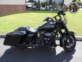 Used 2018 Road King<sup>®</sup> Special thumb 3