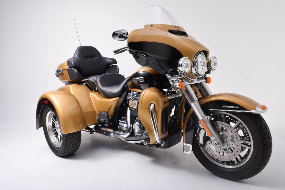 Harley Davidson Tri Glide >> 2017 Harley Davidson Flhtcutg Trike Tri Glide Ultra