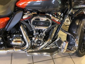 2018 CVO Road Glide  Call for Price thumb 2