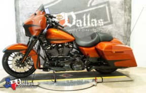 2019 HARLEY-DAVIDSON FLHXS - Touring Street Glide<sup>®</sup> Special thumb 2