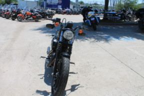 2019 HARLEY-DAVIDSON® SPORTSTER® Iron 883<sup>™</sup>  XL 883N  thumb 3
