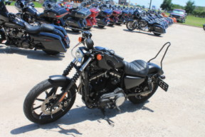 2019 HARLEY-DAVIDSON® SPORTSTER® Iron 883<sup>™</sup>  XL 883N  thumb 0