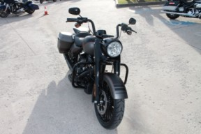 2019 HARLEY-DAVIDSON® Road King<sup>®</sup> Special  FLHRXS thumb 0