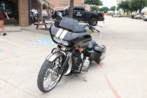 2016 HARLEY-DAVIDSON® ROAD GLIDE® SPECIAL   FLTRX thumb 1