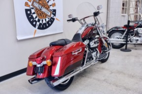 2019 Road King in Wicked Red / Twisted Cherry thumb 0