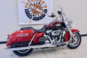 2019 Road King in Wicked Red / Twisted Cherry thumb 1