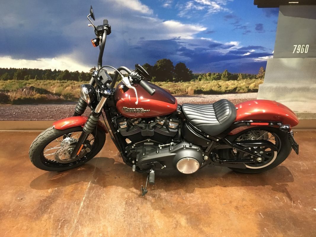 2018 HD Softail Street Bob
