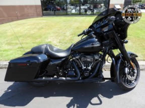 Used 2018 Street Glide<sup>®</sup> Special thumb 3