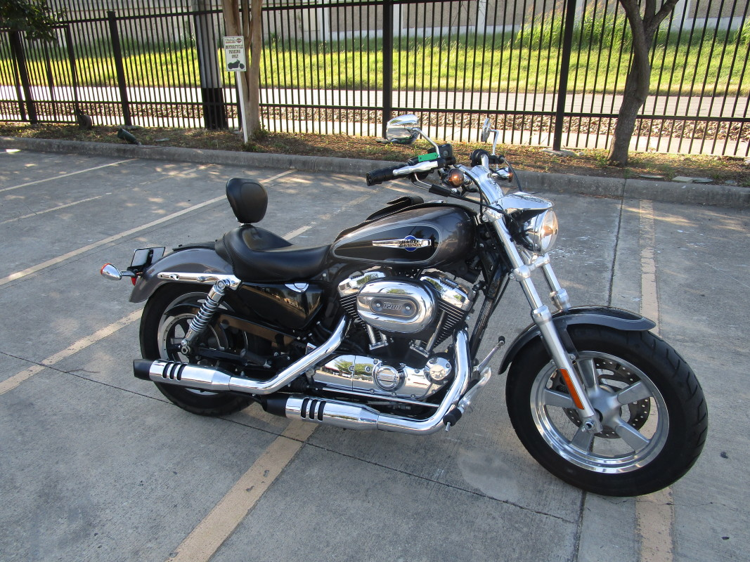 2014 HD XL 1200C - Sportster 1200 Custom