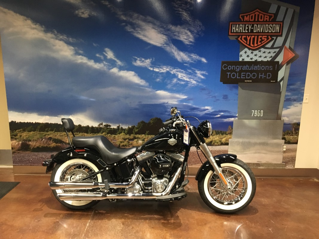 2016 HD Softail Slim 103