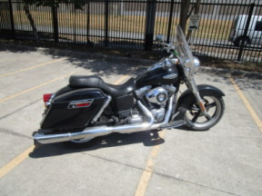 2015 HD FLD - Dyna Switchback<sup>™</sup> thumb 3