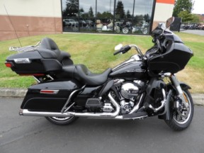Used 2016 Harley-Davidson® Road Glide® Ultra thumb 3