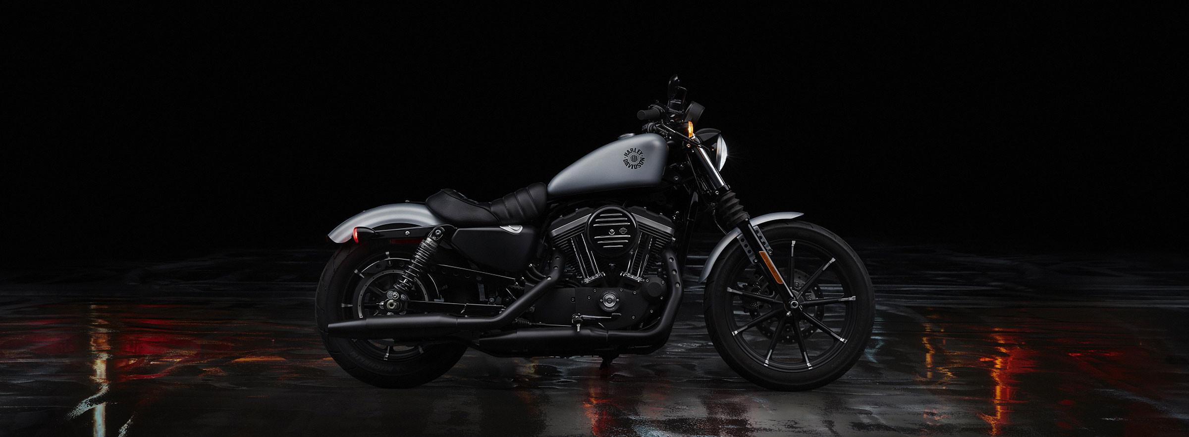 Iron 883™ | Freedom Valley Harley-Davidson®