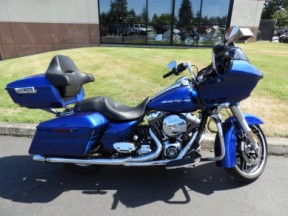 Used 2016 Harley-Davidson® Road Glide® Special thumb 3