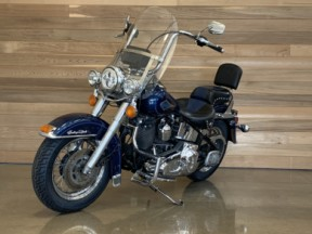 1999 HD FLSTC Heritage Softail® thumb 2