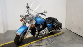 2011 HARLEY FLHRC - Road King Classic thumb 2