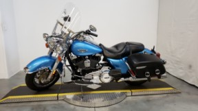 2011 HARLEY FLHRC - Road King Classic thumb 1