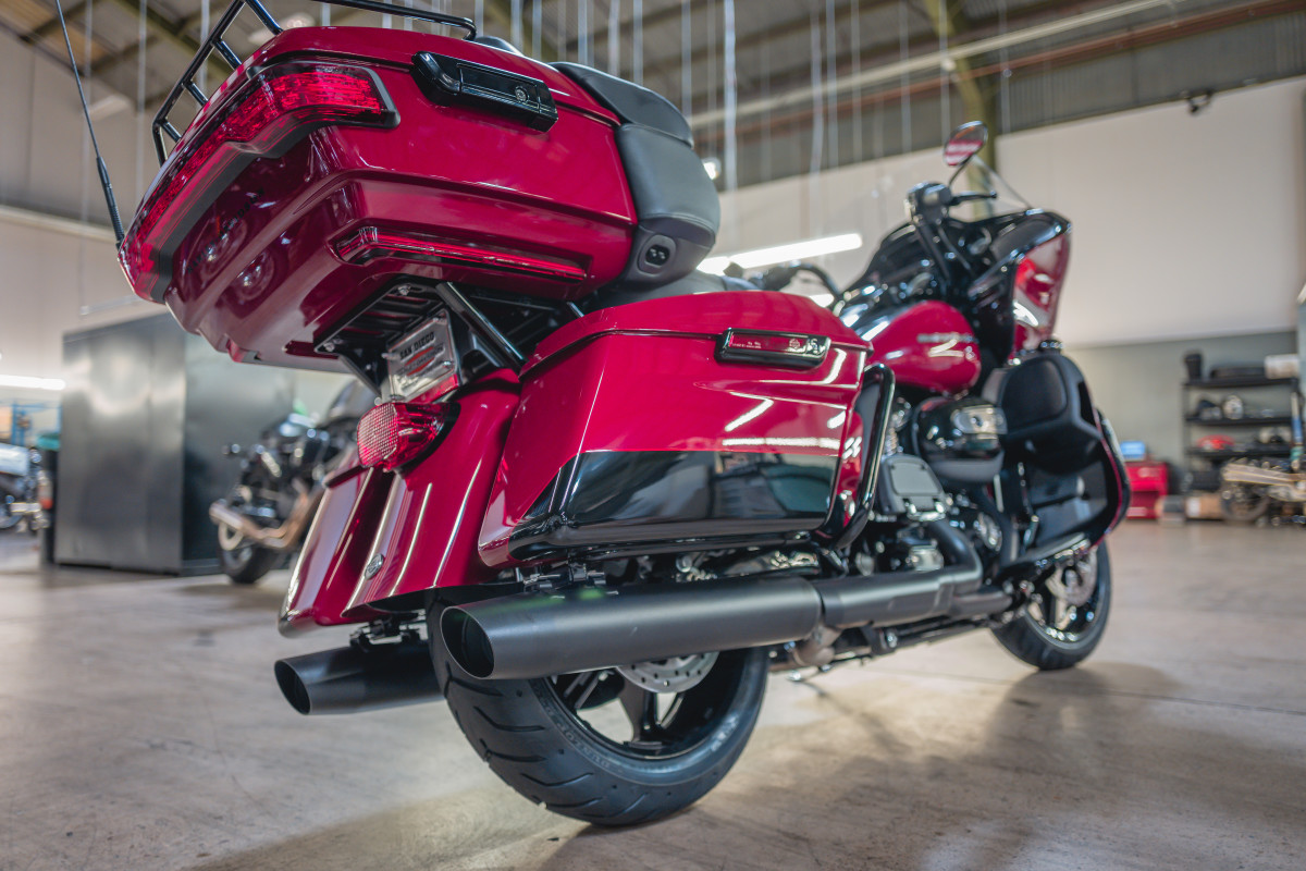 2020 Road Glide Limited In Billiard Red And Vivid Black