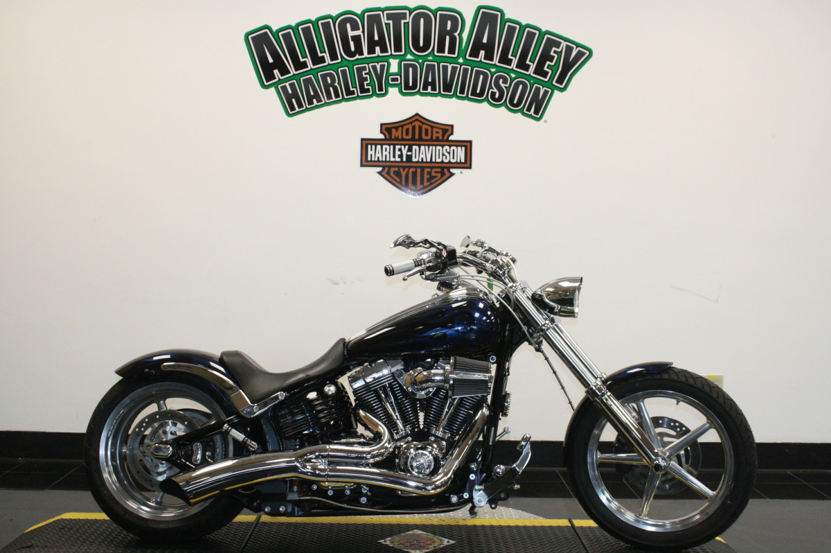 FXCWC  2010 Softail® Rocker™ C