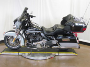 2012 Electra Glide Ultra Limited FLHTK thumb 1