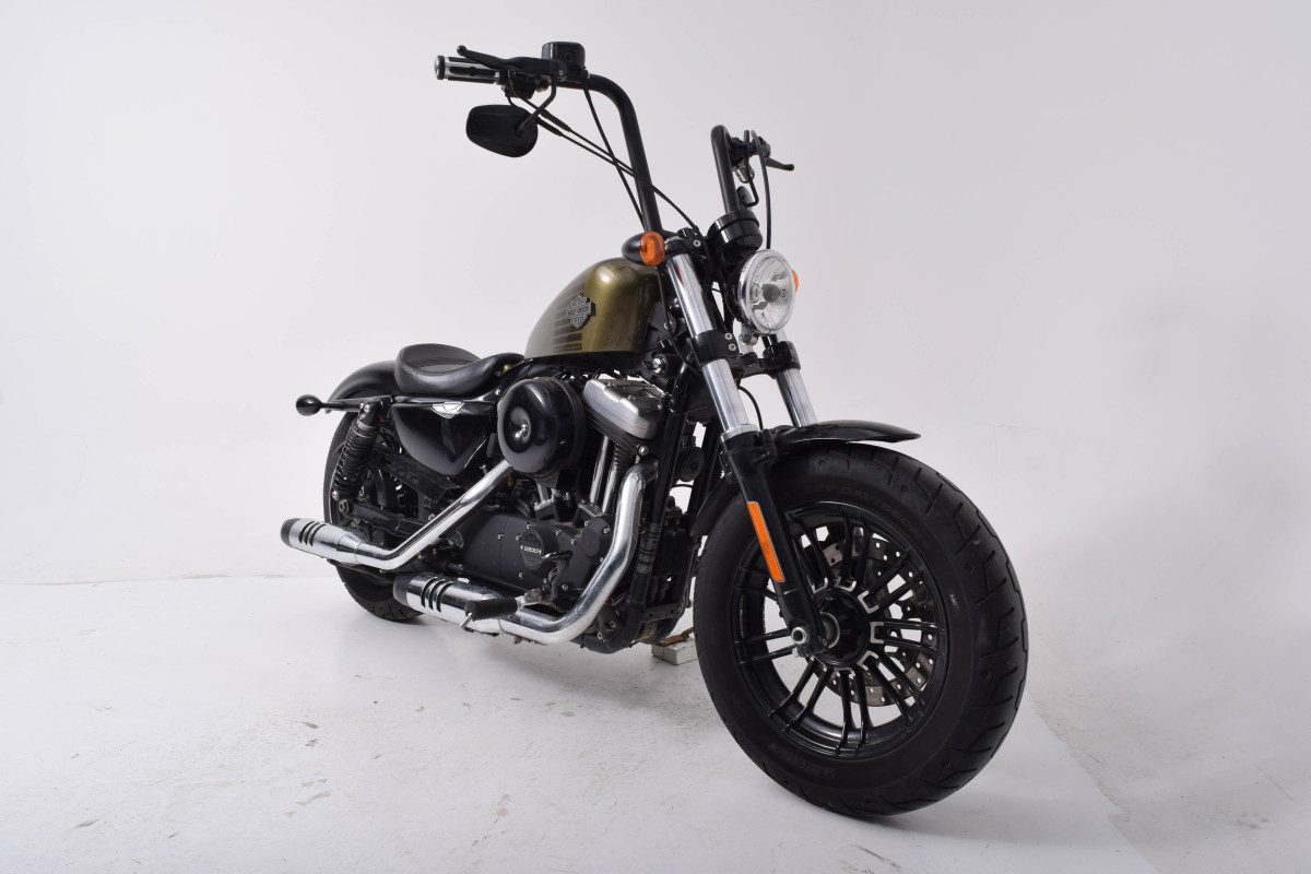 XL 1200X  2016 Forty-Eight<sup>®</sup>