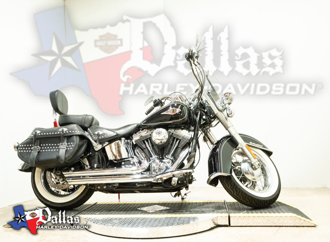 2012 HARLEY-DAVIDSON® Heritage Softail<sup>®</sup> Classic FLSTC