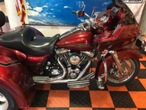 2009 HD FLTR Road Glide® thumb 3