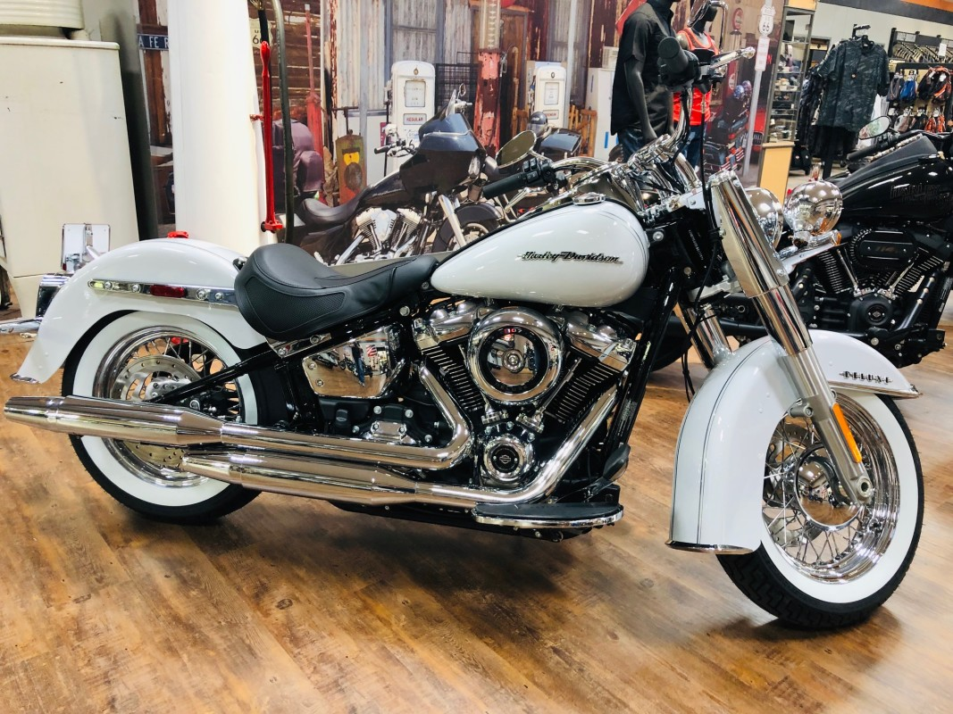 FLDE 2020 SOFTAIL DELUXE