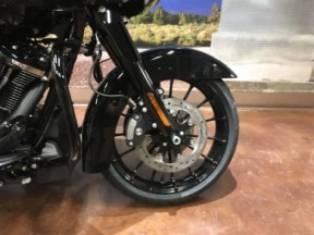 2019 HD Road Glide<sup>®</sup> Special thumb 0
