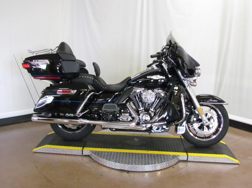 2016 Electra Glide Ultra Limited Shrine