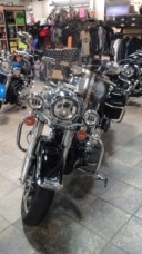 2017 Harley Davidson Road King FLHR thumb 3