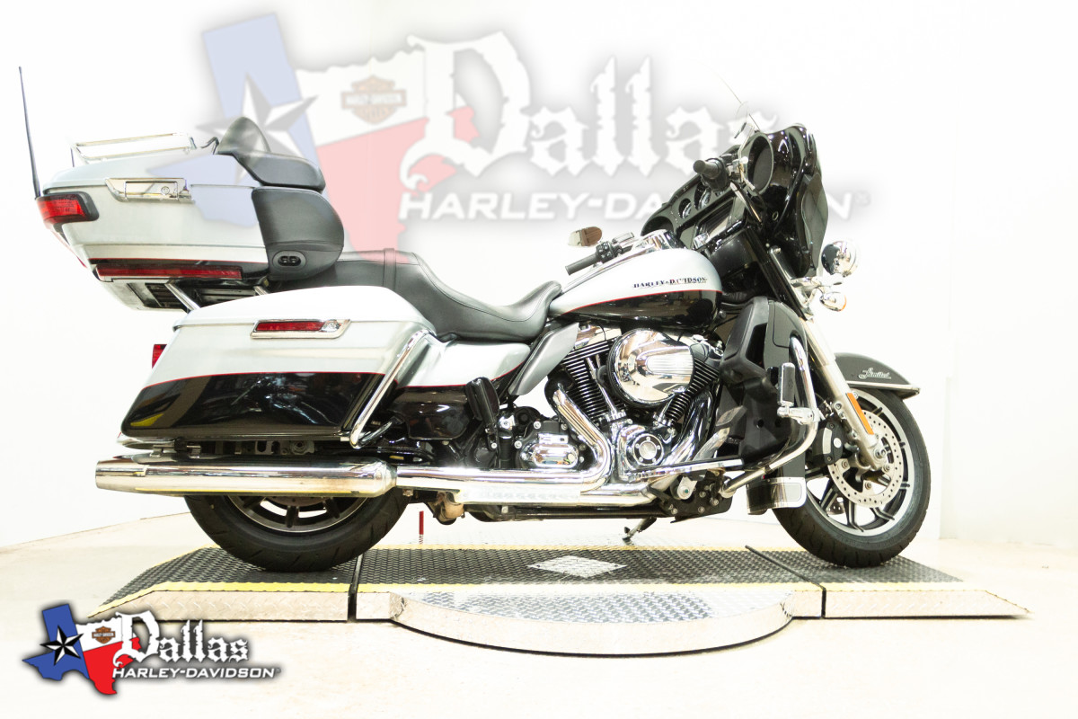 2015 HARLEY-DAVIDSON® Ultra Limited Low FLHTKL