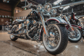 2015 Softail Deluxe thumb 0