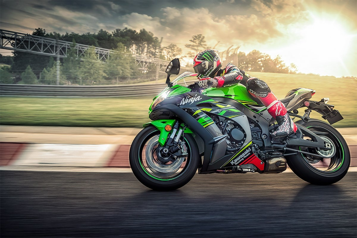 2019 Ninja<sup>®</sup> ZX™-10R ABS KRT Edition Instagram image 5
