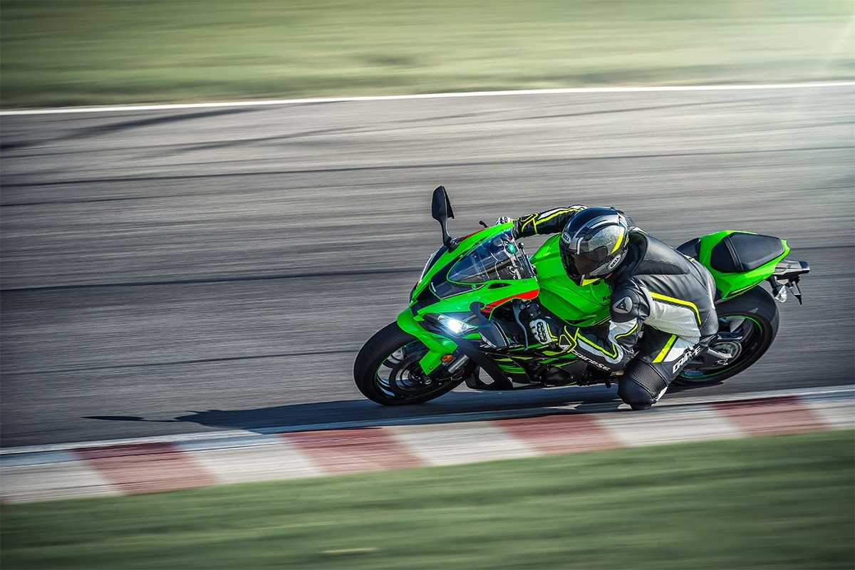 2019 Ninja<sup>®</sup> ZX™-10R ABS KRT Edition Instagram image 4