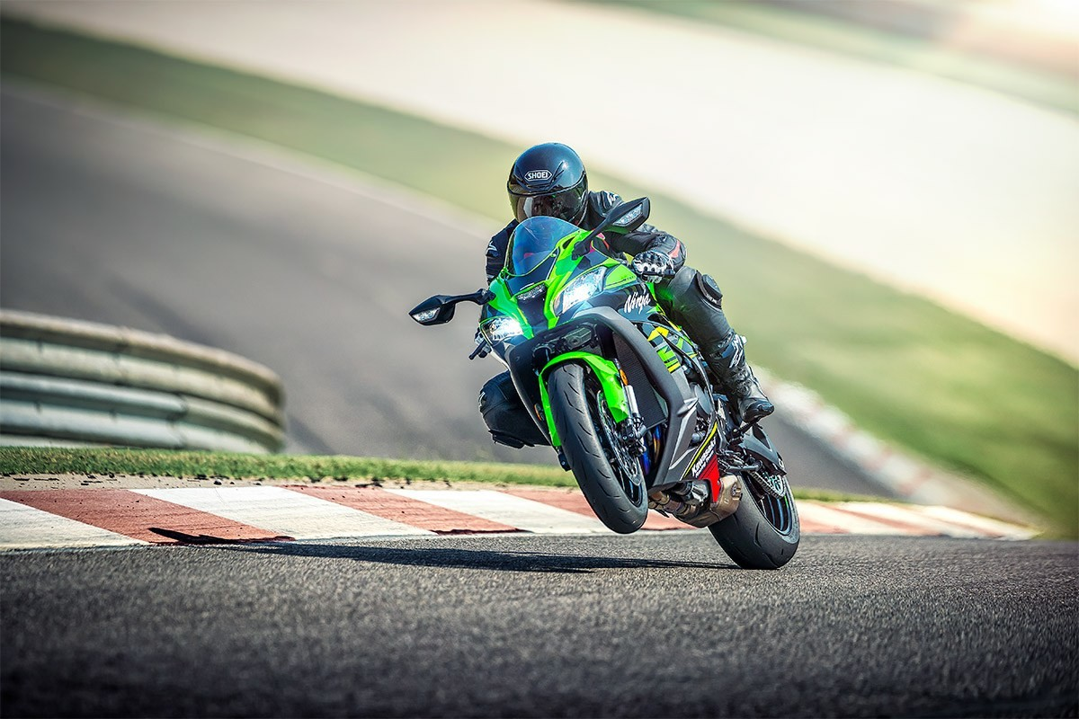 2019 Ninja<sup>®</sup> ZX™-10R ABS KRT Edition Instagram image 2