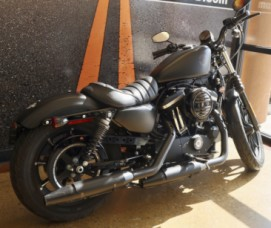 XL 883N 2019 Iron 883<sup>™</sup> thumb 0